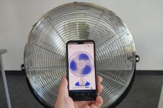 Sporo osób dziwi się, że aplikacja pokazująca kręcący się wentylator, nie chłodzi i nie wytwarza podmuchów...