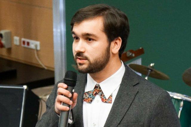 Jan Witowski, twórca plastikowo-silikonowego modelu wątroby.