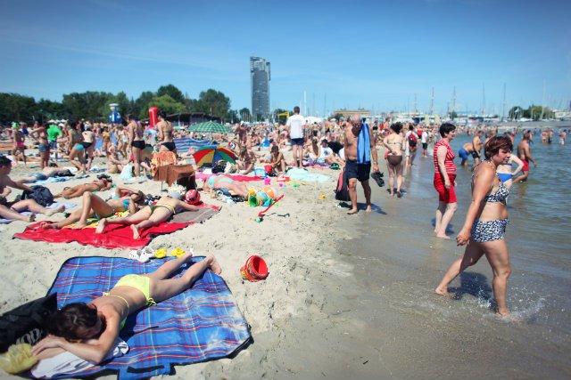 Jaką polisę turystyczną wybrać na wakacje? Jaką polisę ubezpieczeniowązabrać ze sobą na mundial do Rosji?