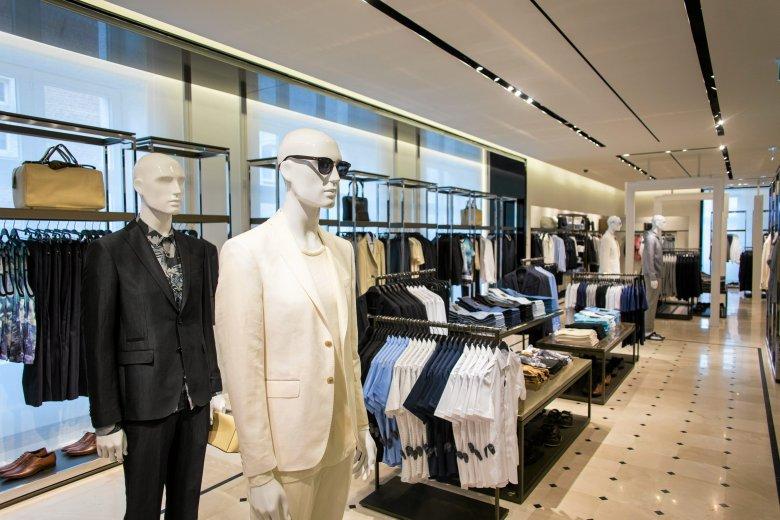 Sfera to marka odzieżowa, która – podobnie jak Zara – narodziła się w Hiszpanii
