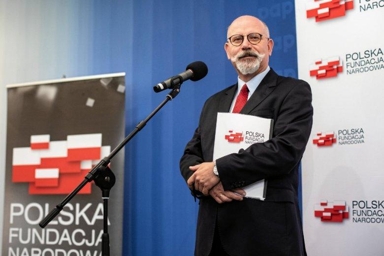 Polska Fundacja Narodowa dostanie w ciągu dekady 650 mln zł z pieniędzy państwowych koncernów.