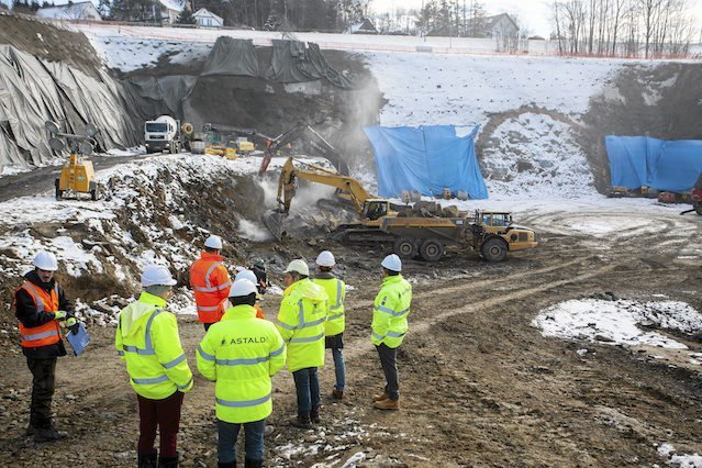 Budowlańcy apelują do ministerstwa o zmiany w warunkach umów. – Inaczej branżę czeka fala bankructw – prognozują