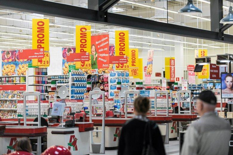 """Auchan do końca sierpnia wprowadzi we wszystkich sklepach """"Godziny ciszy"""""""