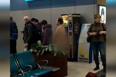 Jeden z pasażerów próbował dostać się nago na pokład samolotu odlatującego do Symferopola z Moskwy.