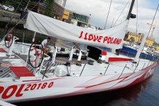 Jacht Polskiej Fundacji Narodowej miał być chlubą Polski, od 3 miesięcy stoi w porcie w USA