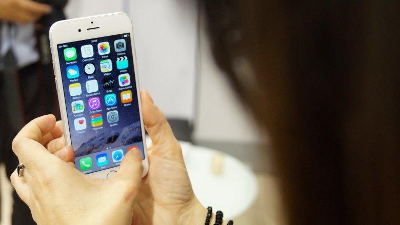 Apple Pay negocjuje warunki wkroczenia do Polski.