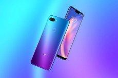 Xiaomi Mi 8 Lite można kupić w kolorach niebieskim (Aurora Blue) i czarnym (Midnight Black)