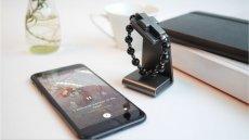 Nowe urządzenie - eRóżaniec, zbudowane na zlecenie Watykanu. To inteligentna opaska połączona z aplikacją