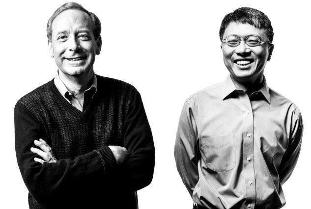 Brad Smith i Harry Shum - menedżerowie Microsoftu twierdzą, że pracy dla humanistów nie zabraknie