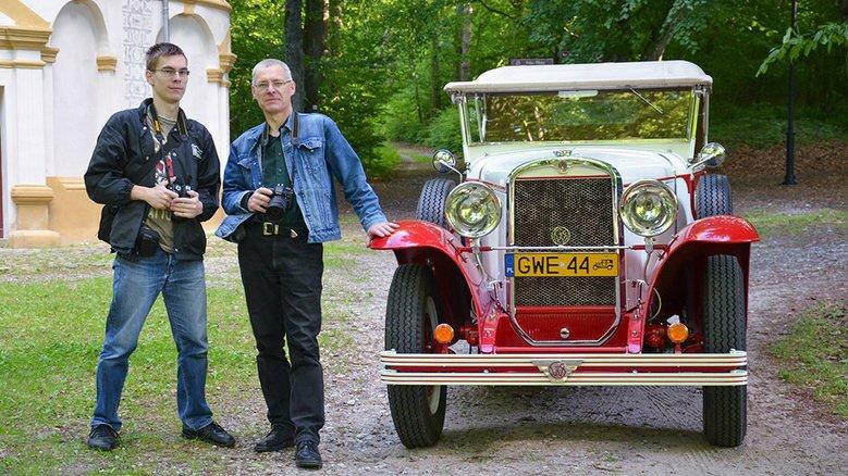 Po prawej widzimy Ludwika Rożniakowskiego
