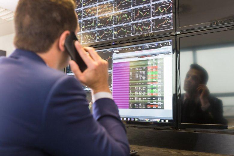 Bitcoin zalicza gwałtowne spadki. Po 1 sierpnia jego sytuacja stanie się jeszcze bardziej niepewna