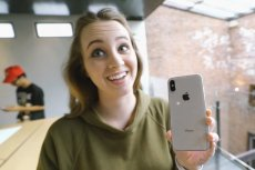 Apple celowo spowalnia działanie modeli iPhone'a