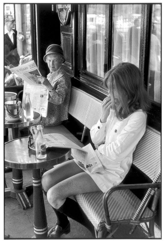 Henri Cartier-Bresson, Paris, Lipp. www.artlibra.pl