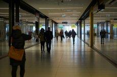 Pierwsza niedziela wolna od handlu: pustki w galeriach, ćwierć miliarda złotych wydane online.