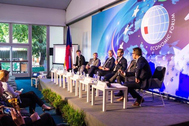 Udział w panelu wzięli Loukas Notopoulos, Sergiusz Sawin, Marcin Petrykowski, Aleksander Naganowski, Piotr Mazgaj