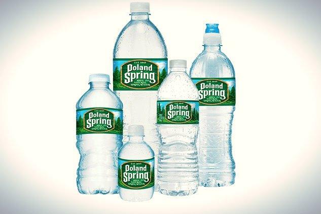 Cześć kupujących wodę Poland Spring domaga się odszkodowania w wysokości 5 mln dol. za rzekome wprowadzenie w błąd jej nazwą