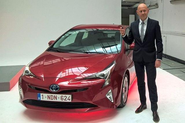 Maciej Panek - dziś ma 2300 aut do wypożyczenia, niedawno wyprzedawał meble z mieszkania