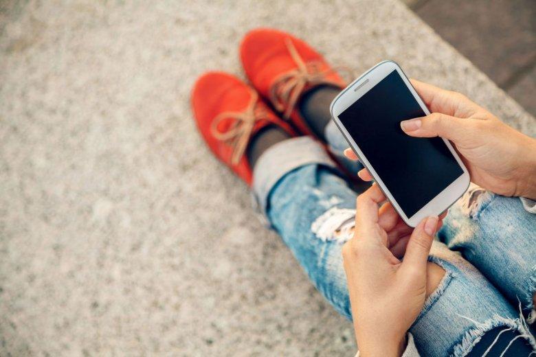 Oszustwo zaczyna się od SMSa