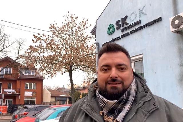 Tomasz Sekielski zaczyna zbiórkę na kolejny film. Po temacie pedofilii, czas na wciąż nierozliczoną aferę SKOK Wołomin. - Pokażę, kto stoi za tym szwindlem - mówi.