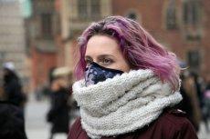 Smog jest gigantycznym problemem we współczesnych miastach. Polski start-up kosmetyczny KF Niccolum dysponuje unikalną technologią, która może chronić przed nim naszą skórę.