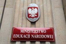 """Komitet Neurobiologii PAN podważa """"wiedzę o mózgu"""" doradczyni Ministerstwa Edukacji Narodowej."""
