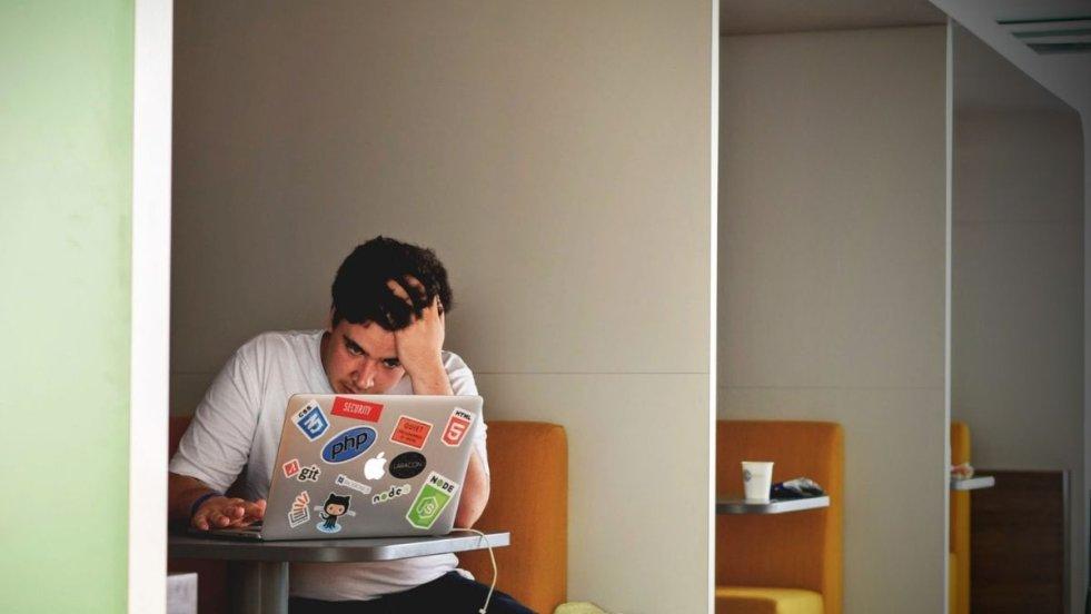 Prawdziwy kreatywny pracownik w firmie, która nie będzie chciała wdrażać jego twórczych pomysłów, szybko się zdemotywuje.
