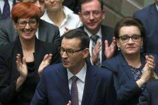 Rząd Mateusza Morawieckiego dyskryminuje ekonomicznie kobiety. Podobnie zresztą, jak większość świata biznesu.