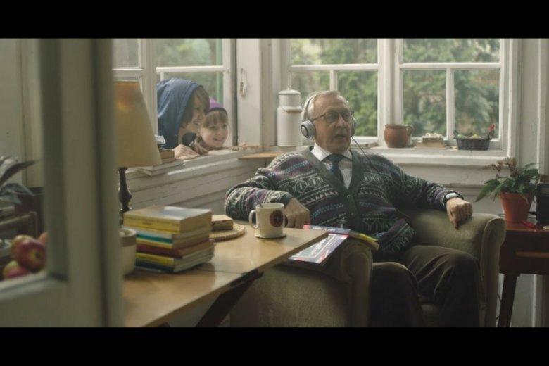 Wyniki badań zespołu dr Trzcińskiego mają olbrzymie znaczenie np. dla branży reklamowej. Na zdjęciu kadr z reklamy Allegro.
