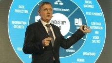Powiedzmy sobie szczerze - sieć 5G buduje Polska, a nie  firma X czy Y - mówi dr Jarosław Tworóg