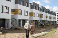 Ceny mieszkań ostro w górę, coraz więcej Polaków może sobie najwyżej popatrzeć na budowę.