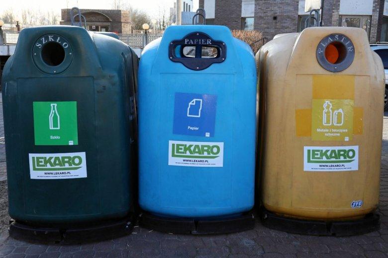 Inteligentne śmietniki mogą już wkrótce zastąpić na ulicach polskich miast pojemniki tradycyjne. Czy pomogą uniknąć kar za złą segregację odpadów?