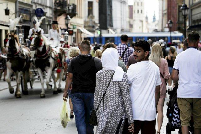 Polska awansowała do pierwszej 40-stki najlepszych krajów do emigracji zarobkowej