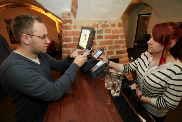 Kawiarnia Muza w Toruniu: jedna z pierwszych firm w Polsce, które akceptowały płatność w bitcoinach.
