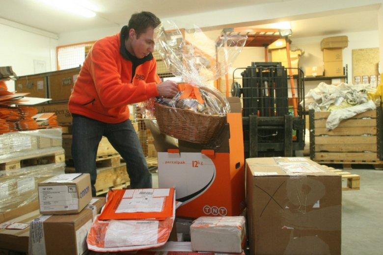 Tylko w te święta zabraknie w branży kurierskiej 7 tysięcy par rąk do pracy.