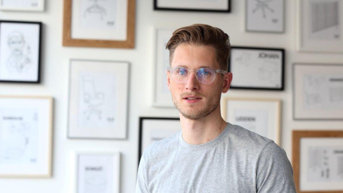 Michał Smida, założyciel fintechu Twisto. To aplikacja do płatności połączona z wielowalutową kartą kredytową. Firma jesienią wchodzi do Polski i już prowadzi rekrutację