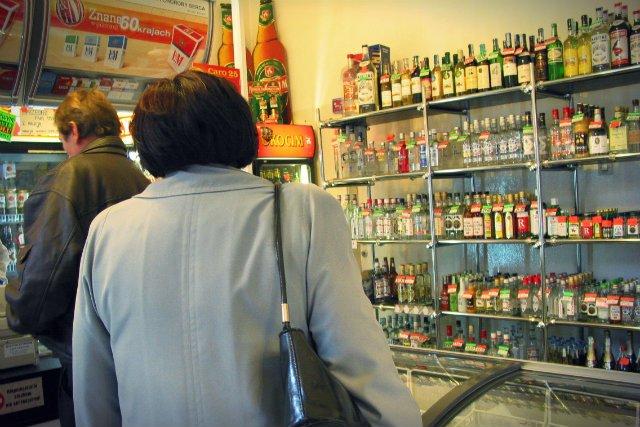 Eksperci wskazują, że na półkach polskich sklepów coraz częściej możemy znaleźć coś, czego piwem w żaden sposób nazwać nie można