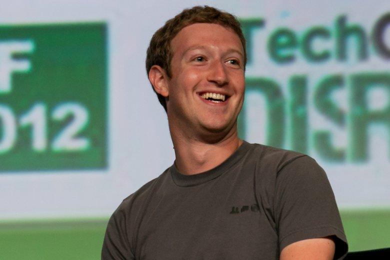 Mark Zuckerberg: Facebooka po raz pierwszy w historii w jeden dzień odwiedziło 1 miliard ludzi – co 7 mieszkaniec Ziemi.