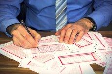 Powerball to loteria, która działa na wyobraźnię. W ubiegłym roku w wyniku kumulacji można w niej było wygrać 1,3 mld dolarów