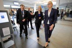 Minister finansów Teresa Czerwińska (w środku). Test przedsiębiorcy może przynieść resortowi aż 1,2 mld zł w 2020 r. Wyjaśniamy, na czym polega dziwny pomysł resortu