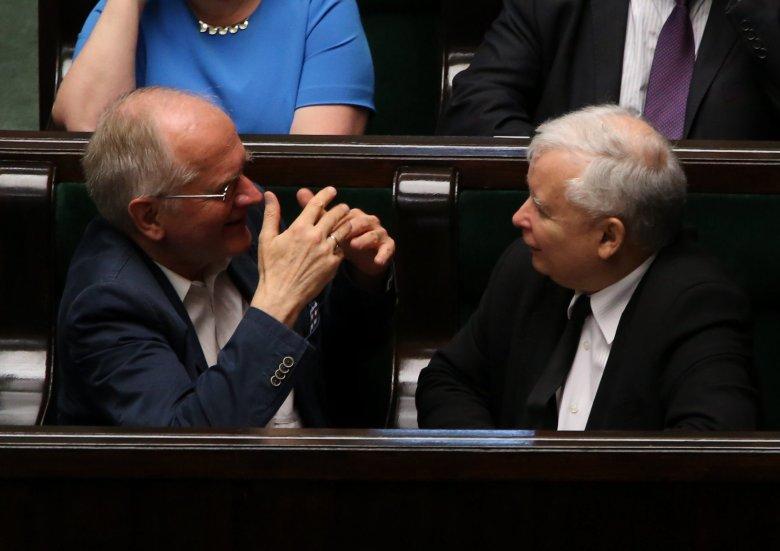 Jarosław Kaczyński i Krzysztof Czabański wpłacili po 30 złotych na rozpoczęcie swojego imperium