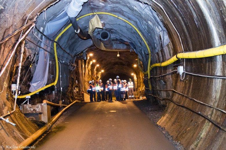 tunele pod ziemią - składowisko odpadów radioaktywnych, Szwecja