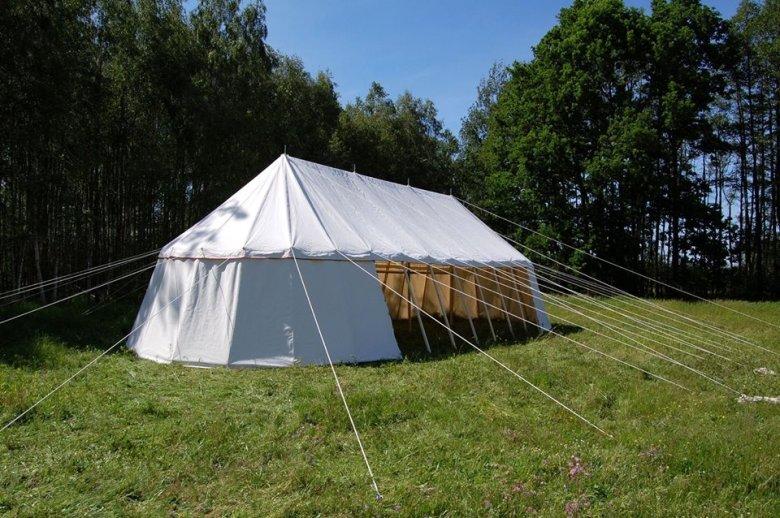 """Poza serialem """"Wikingowie"""", Siedlecki zrobił także namioty do filmu """"Daas"""""""