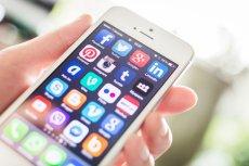 Za ile ludzie byliby skłonni zrezygnować z Facebooka i innych produktów cyfrowych? Sprawdzili to naukowcy.