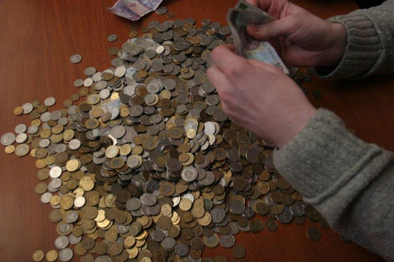 Najniższa emerytura w Polsce wynosi 2 grosze. Najwyższa to 22,5 tys. zł.
