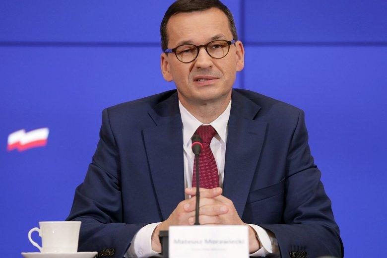 Rząd testuje reakcje wyborców na zapowiadaną drastyczną podwyżkę składek ZUS.