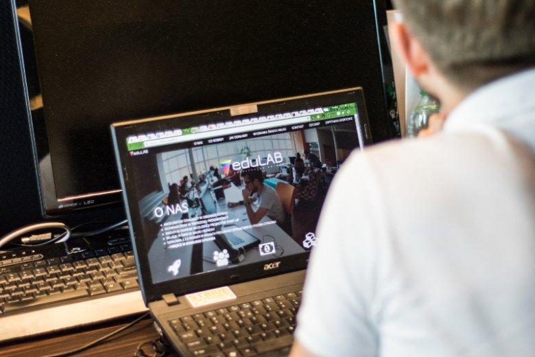 Twórcy eduLab wkładają dużo wysiłku w promocję akceleratora w sieci oraz podczas branżowych eventów