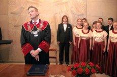 Słupsk staje się polskim Las Vegas - na ślub udzielony przez Roberta Biedronia trzeba czekać przynajmniej pół roku