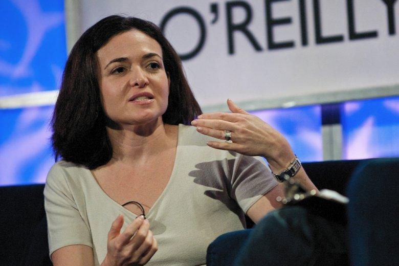 Sheryl Sandberg to jedna z najpotężniejszych kobiet świata wielkiego biznesu. Zwykle udziela rad na temat rozwoju kariery. Tym razem w nieco innym kontekście poleca wychodzić za mąż za nerdów i miłych facetów.
