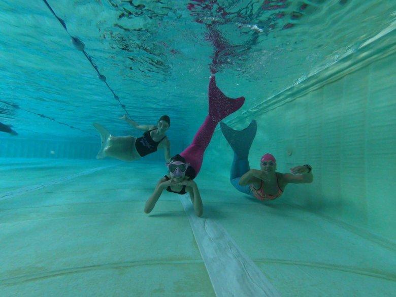 Szkoła Magdy była pierwszą, uczącą pływania w syrenim ogonie