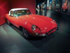 Podobny model Jaguara odrestaurował Pan Marian.
